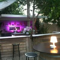 Bar extérieur