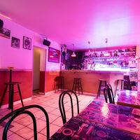 Zak Bar