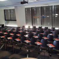 Salle de réunion plénière